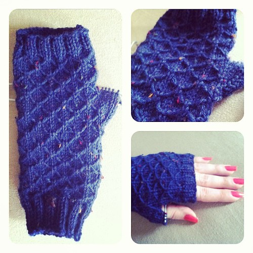 """Seeta fingerless mitts"" pattern from Ravelry. WIP"