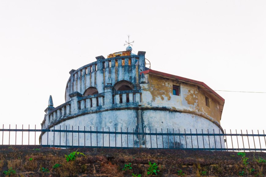 The Lighthouse from outside the walls of the fort, Agauda - Goa