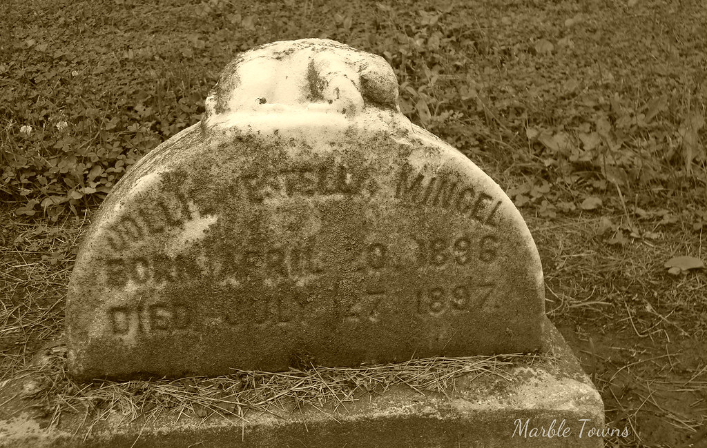 Dollie Mincel-Oak Ridge Cemetery.JPG