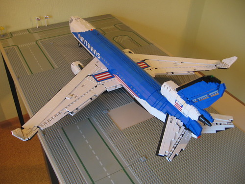 McDonnell Douglas MD-11 - 18 - Overview_rear_left - IMG_5334 by Buff83ST