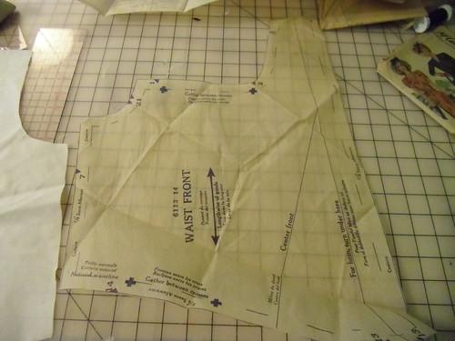 McCall 6113 - pattern piece
