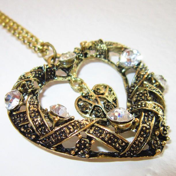 Golden heart :) #jewelry