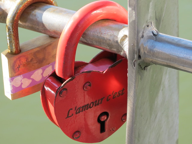 Love locks on Pero's Bridge