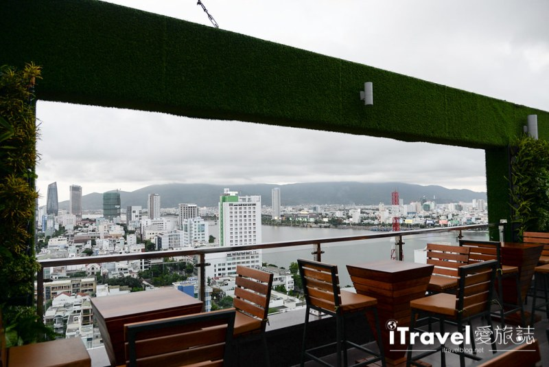 《岘港饭店推荐》凡达酒店:眺望汉江河景的商务饭店