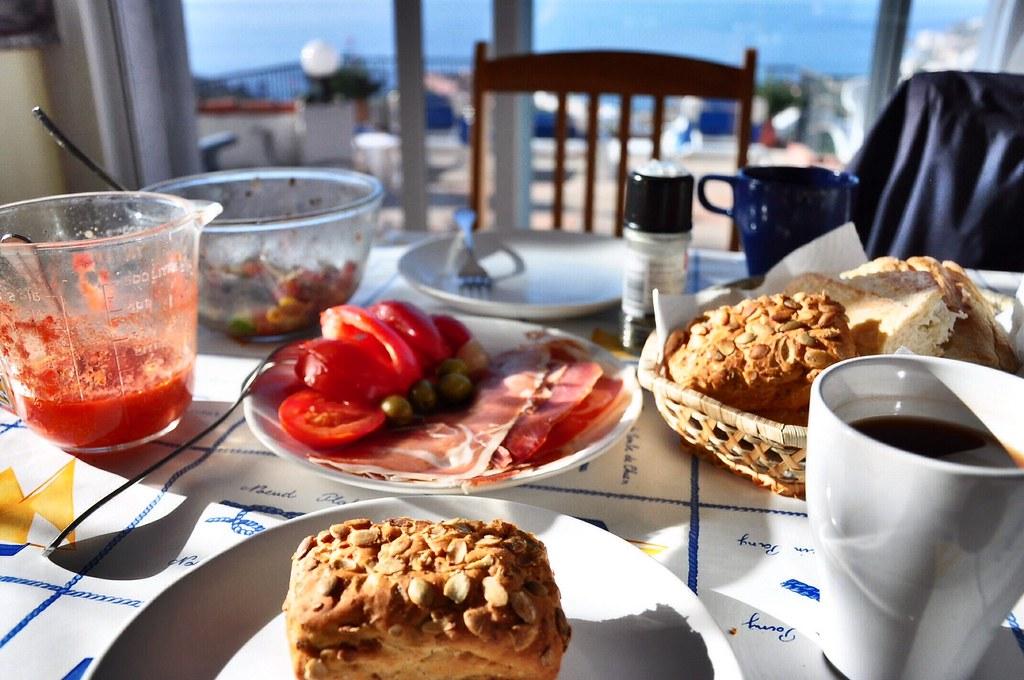 Bữa sáng cuối ở Almunecar
