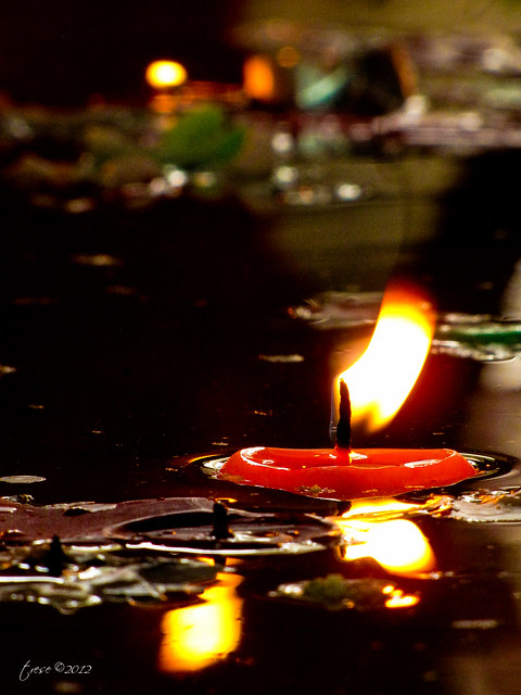 floating candle in Manaoag