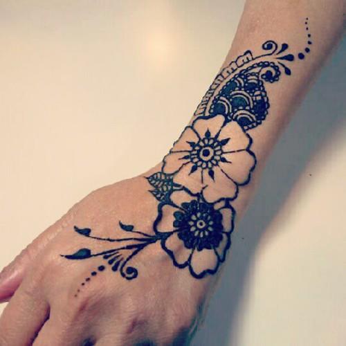 #henna #mehndi #tattoo #bodyart #india #paisley #peacock #hk #temporary