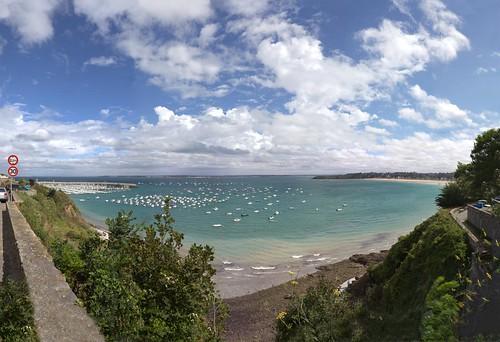 Port et plage de St Cast by esquimo_2ooo