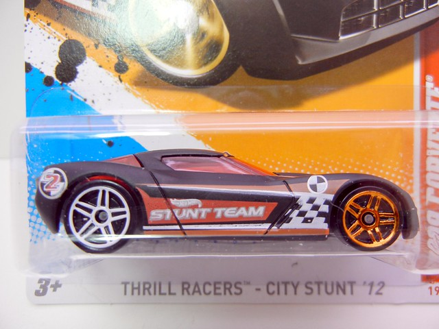 hot wheels 2009 corvette stingray concept blk (2)