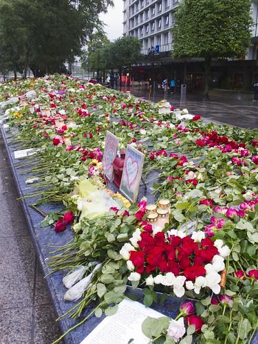 140 Homenaje víctimas Utoya en Bergen