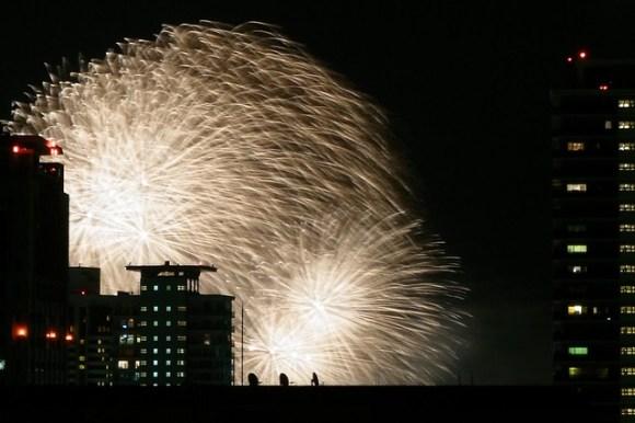120804_fireworks01