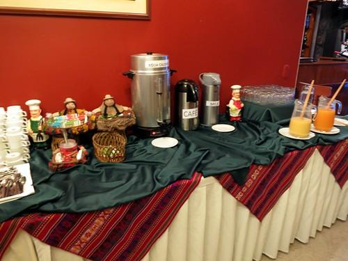 Breakfast buffet (tea, chocolate, coffee)