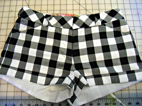 Gingham Shorts - front