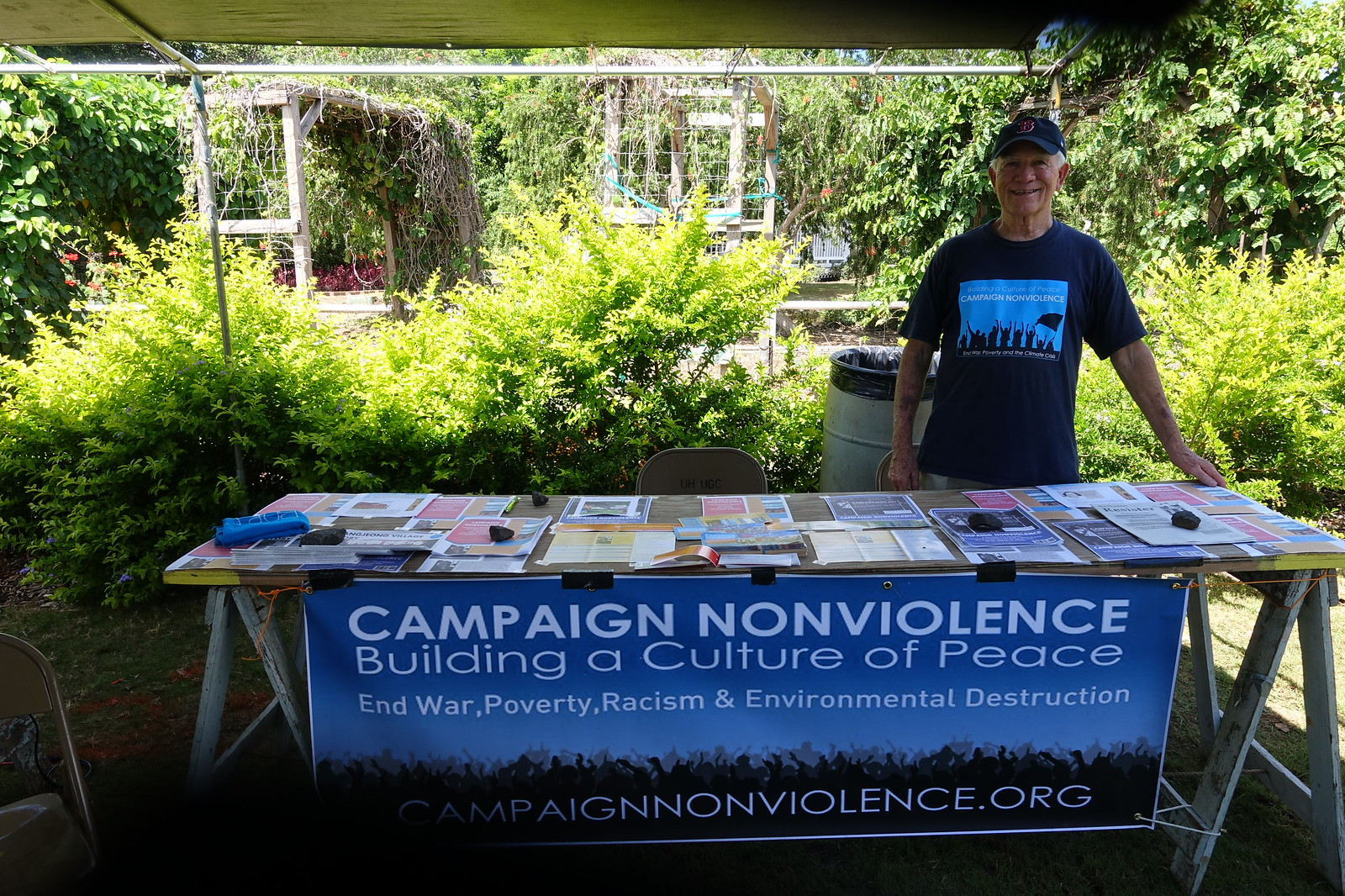 Pearl City, HI - Blue Scarf Event during Peace Day Hawaii 2016 (2)