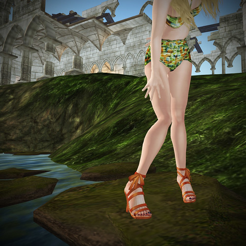 Jackal's blossom wedge sandals
