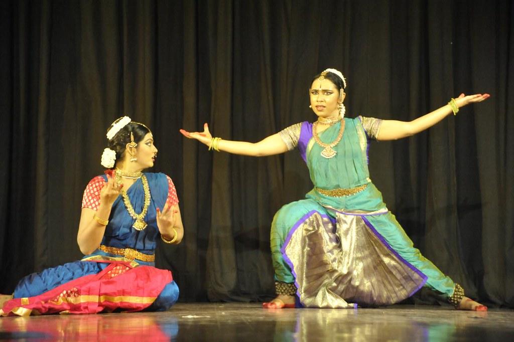 'Raghava Yadava' - Ravana schemes and takes Sita away on puspaka Vimana