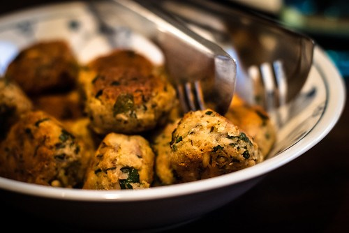 Siciliaans buffet: polpettine di tonno oftewel gebakken tonijnballetjes