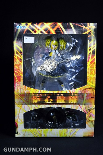 Max Factory Kagamine Rin (Nuclear Fusion Ver.) Unboxing & Review (1)
