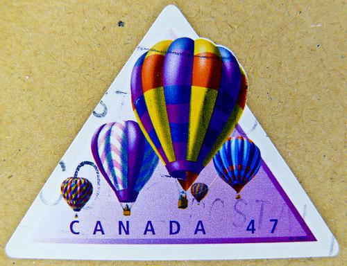 modern canadian stamp Canada 47c hot-air balloon Heissluftballon montgolfière 热气球 aerostato теплово́й аэроста́т postage stamps poste-timbres Canada posta pulu sellos selos 郵便切手 カナダ Briefmarken Kanada porto 邮票 加拿大 почто́вая ма́рка Кана́да طابع بريدي كندا