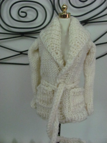sweater for barbie