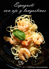 Espagueti con ajo y langostinos