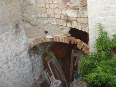 Dubrovnik: masonry arc