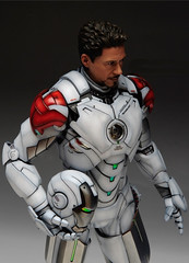 HT 1-6 Iron Man Mark IV (Hot Toys) Custom Paint Job by Zed22 (16)
