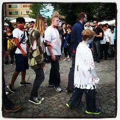 Ännu en bild innehållande @axbom på #zombiewalk. :-)