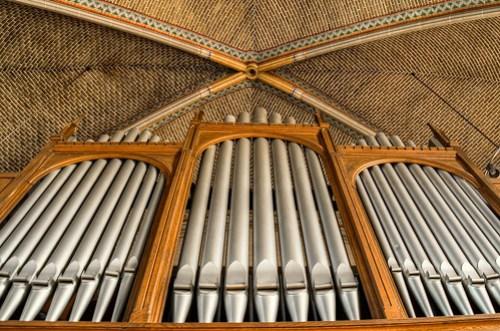 verlaten kerk - Ogran pipes
