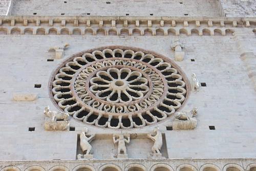 20120810_5229_Assisi-San-Rufino-facade