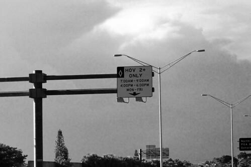 HOV lane hours on I-95