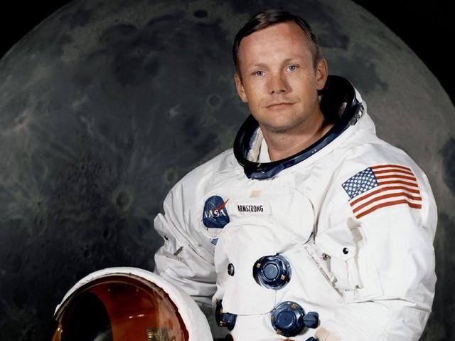 niel amstrong fotografo astronauta nasa luna