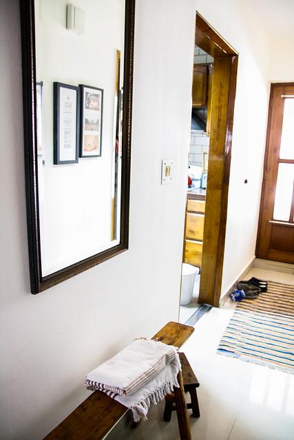 living room_MG_1122September 28, 2012