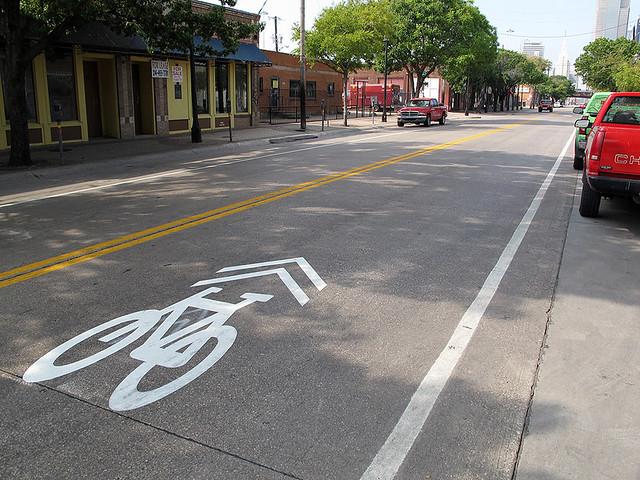 Deep Ellum Bike Lane - Dallas