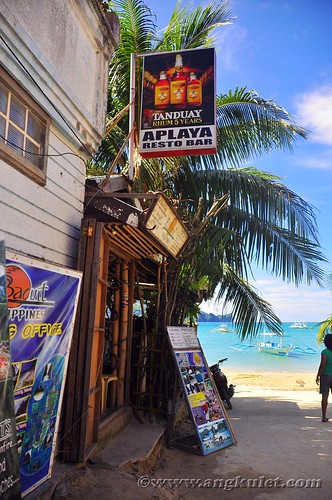 Aplaya Bar, Rizal Street, El Nido, Palawan
