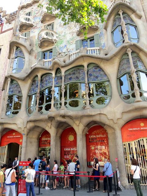 Casa Batlló Gaudi Barcelona-001