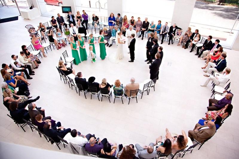 Wedding in the round on @offbeatbride