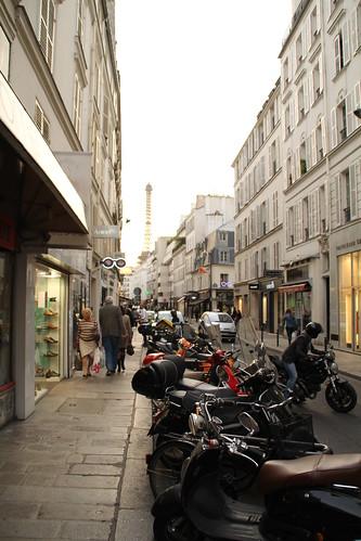 Rue Cler bikes