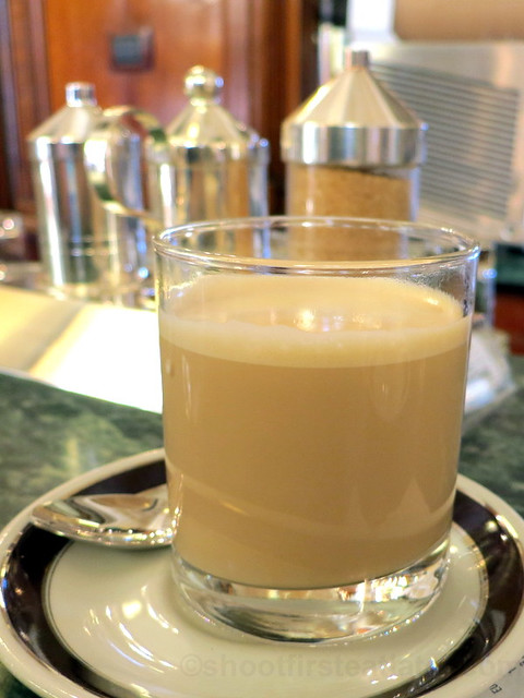 cafe latte €1.70