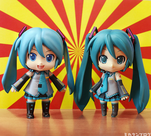 Comparison with original Nendoroid Hatsune Miku