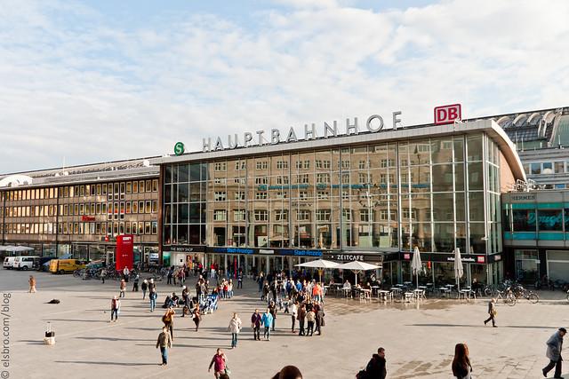 Hauptbahnhof - Cologne