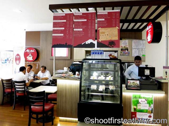 Akiba Cafe-001