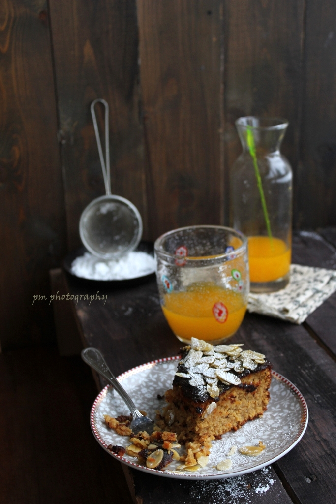almond cake with citrus