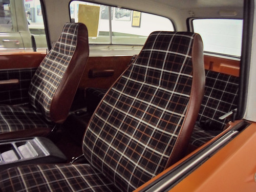 1979 International Scout Traveler seats