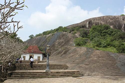 IMG_6621-Dambulla-Royal-Rock-Temple