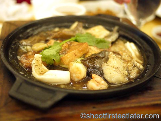 superior seafood hot pot P400