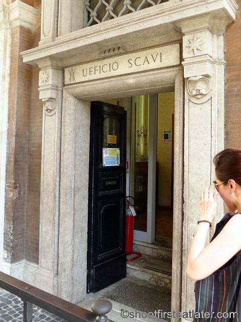 The Vatican Necropolis - Scavi  Tour-003