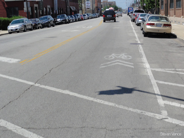 Inverted sharrow