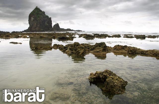 rock formations digisit beach baler aurora