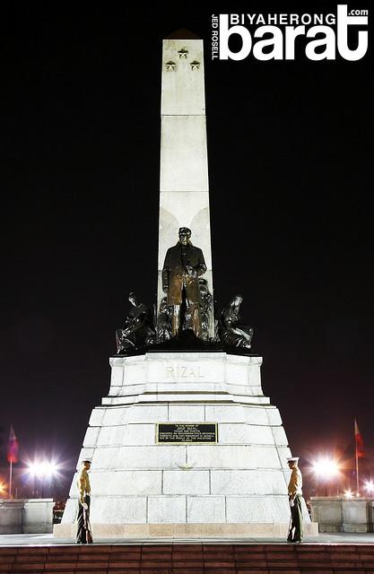 rizal monument in luneta park manila